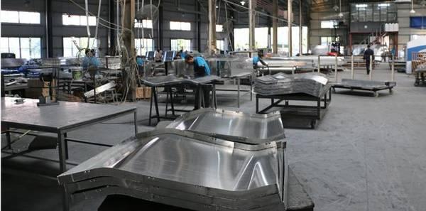 金铝质-加工成型车间