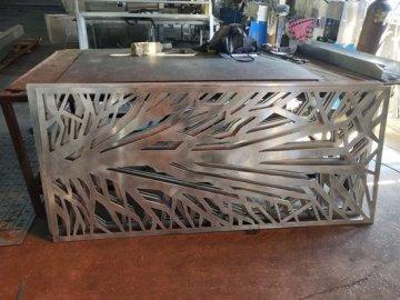 仿古铜色铝雕刻屏风隔断
