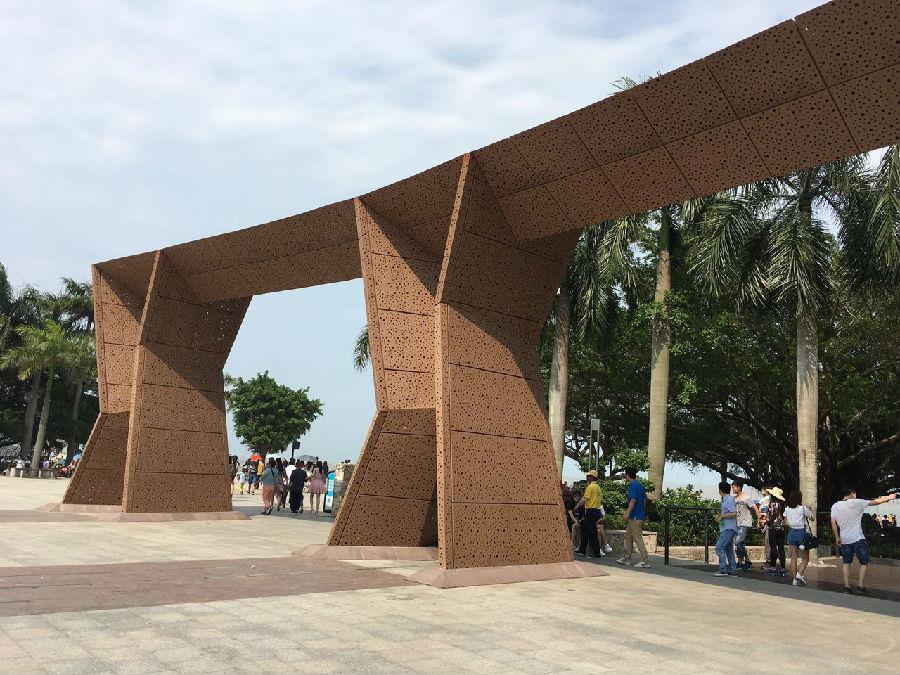 铝板幕墙工程已完工 珠海滨海公园